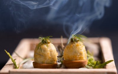 Aceituna Gordal frita rellena de morcilla