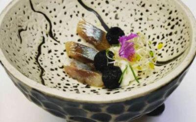 Receta Aceituna Hojiblanca, queso, sardina y humo