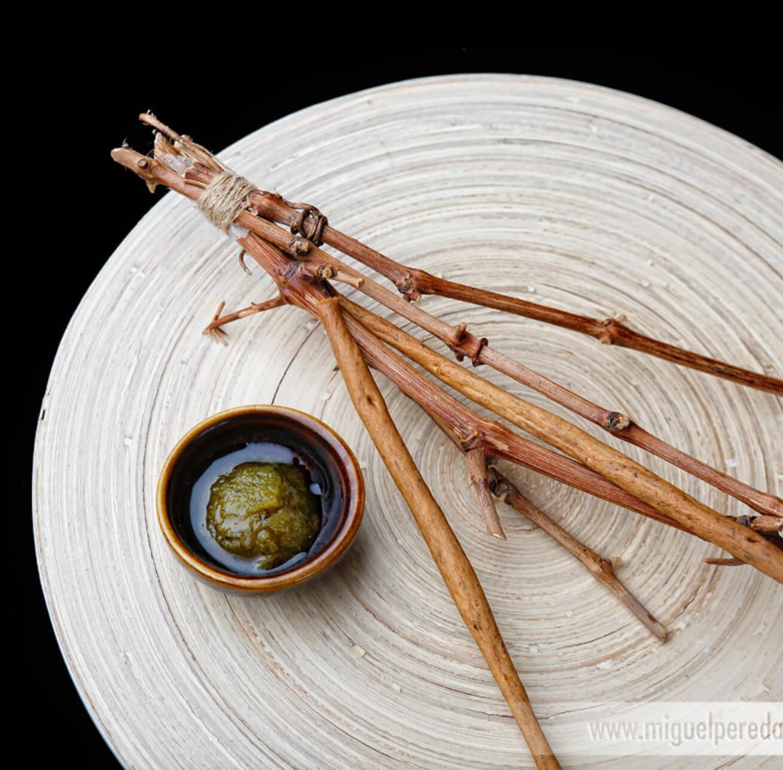 Receta de Palos grisines con pesto de aceituna manzanilla